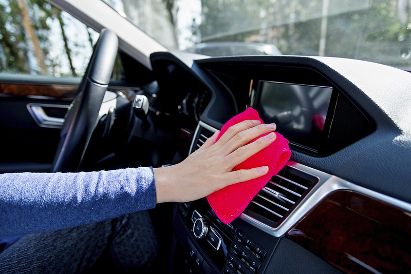 Cleaning Car Interior | Bellefontaine, OH